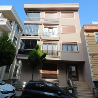 Çekmeköy Merkez mahallesi satılık daire 2+1