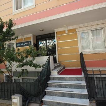 Çekmeköy Merkez Mah'nde Satılık 2+1 Bahçe Katı
