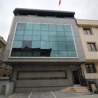 Ataşehir Örnek mahallesi 1200 M2 Satılık Komple Plaza