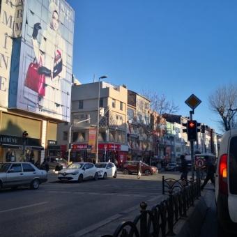 Fatih Atikali Mahallesi Fevzi Paşa cad Yan sokağında SATILIK 2+1 Daire